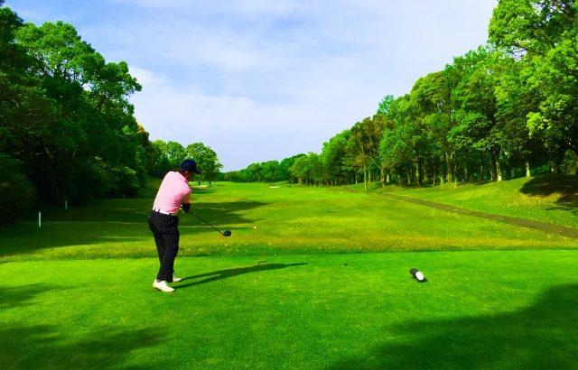 こんにちは!KUROMIYAゴルフアカデミーです。